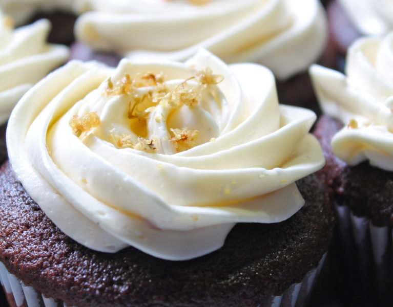 chocolate cupcakes elderflower buttercream